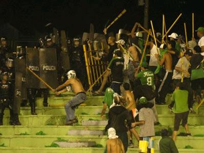 Hinchas de Nacional atacaron a jugadores de Millonarios