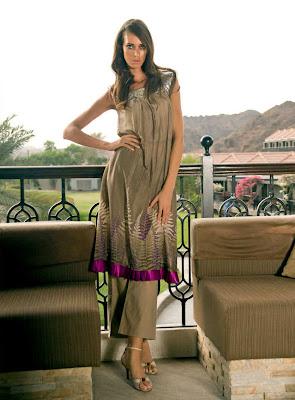 http://4.bp.blogspot.com/-uWM2dLt_jXQ/Tl-jWT2GLgI/AAAAAAAAAh8/Xny-Jep4n-Q/s400/Lovely+Summer+dresses+%25286%2529.jpg