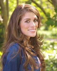 Author Diana Paz
