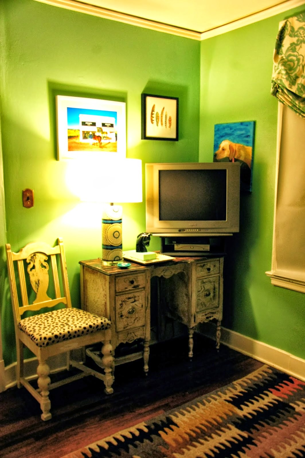 http://focusonflair.blogspot.com/2014/02/third-bedroom-upgrades.html
