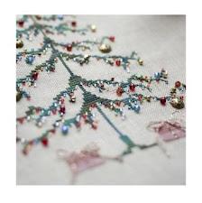 Árbol de Navidad con 'Parches De Amor'