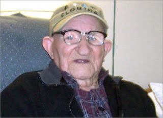 Kakek Tertua di Dunia