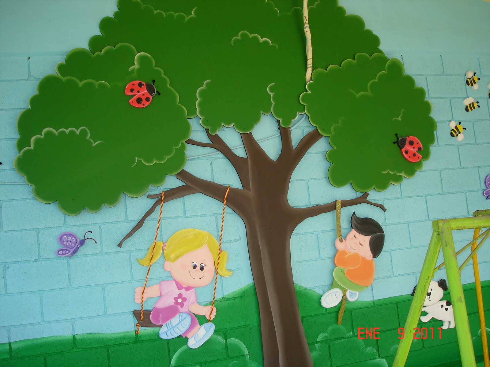 Murales infantiles ni os jugando kinder pedro calderon - Murales infantiles pared ...