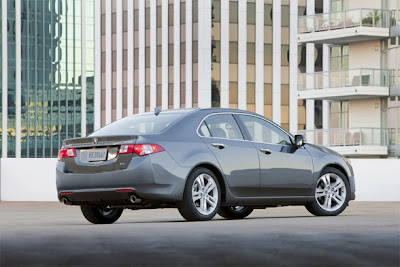 2010-Acura-TSX-V-6-New-Car-Review-Rear-Side