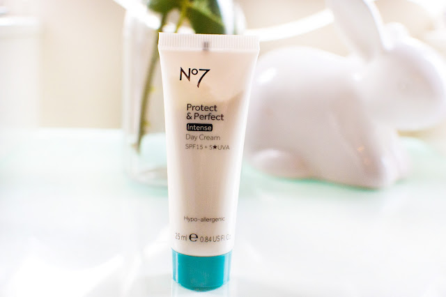 No7 Protect and Perfect Intense day cream