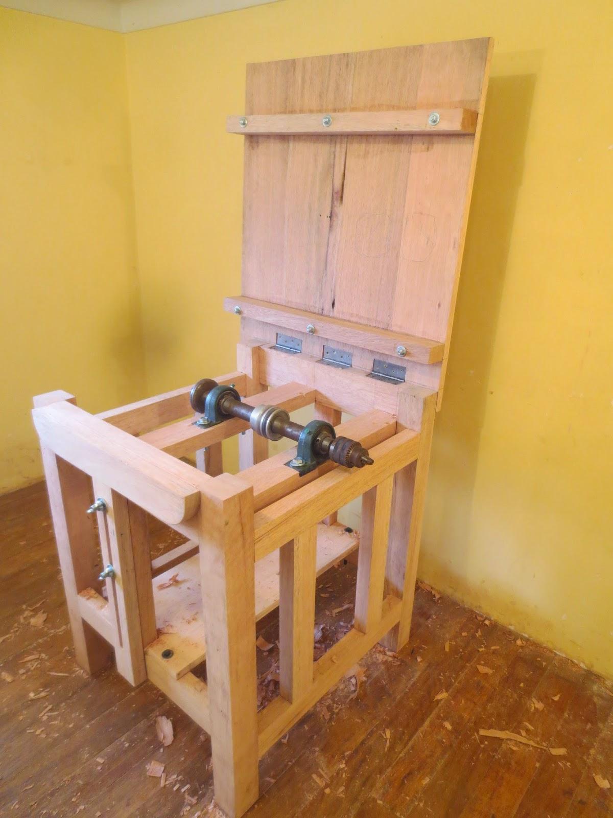 Decoraciones manualidades en madera como hacer una sierra - Construir altillo madera ...