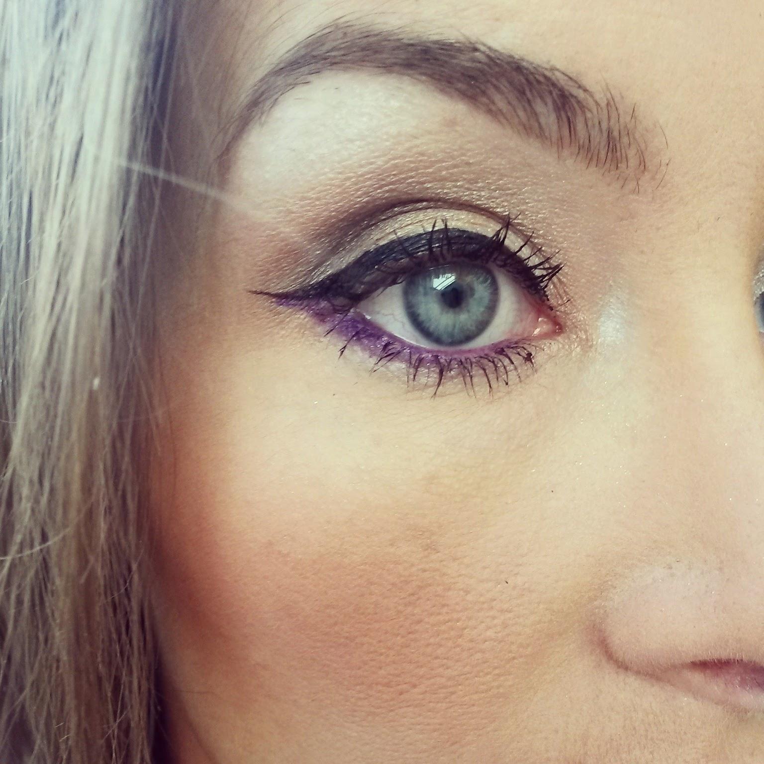 Bourjois Clubbing Purple Eyeliner