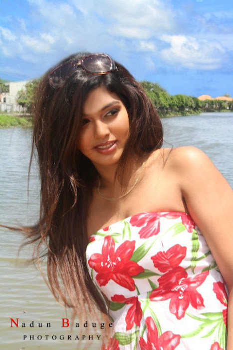 srilankan upcoming maleeka sirisenage hot photoshoot