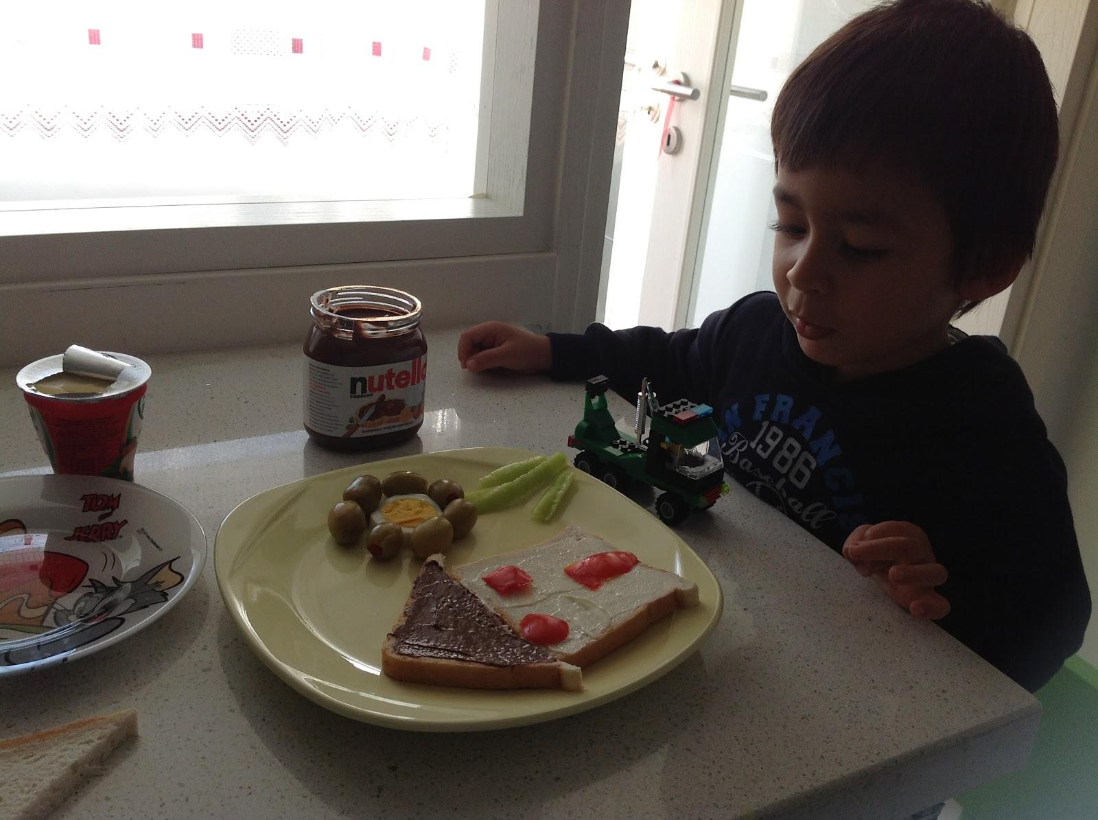 lustige bilder zum frühstück - Frühstück Lizenzfreie Vektorgrafiken Kaufen: 123RF