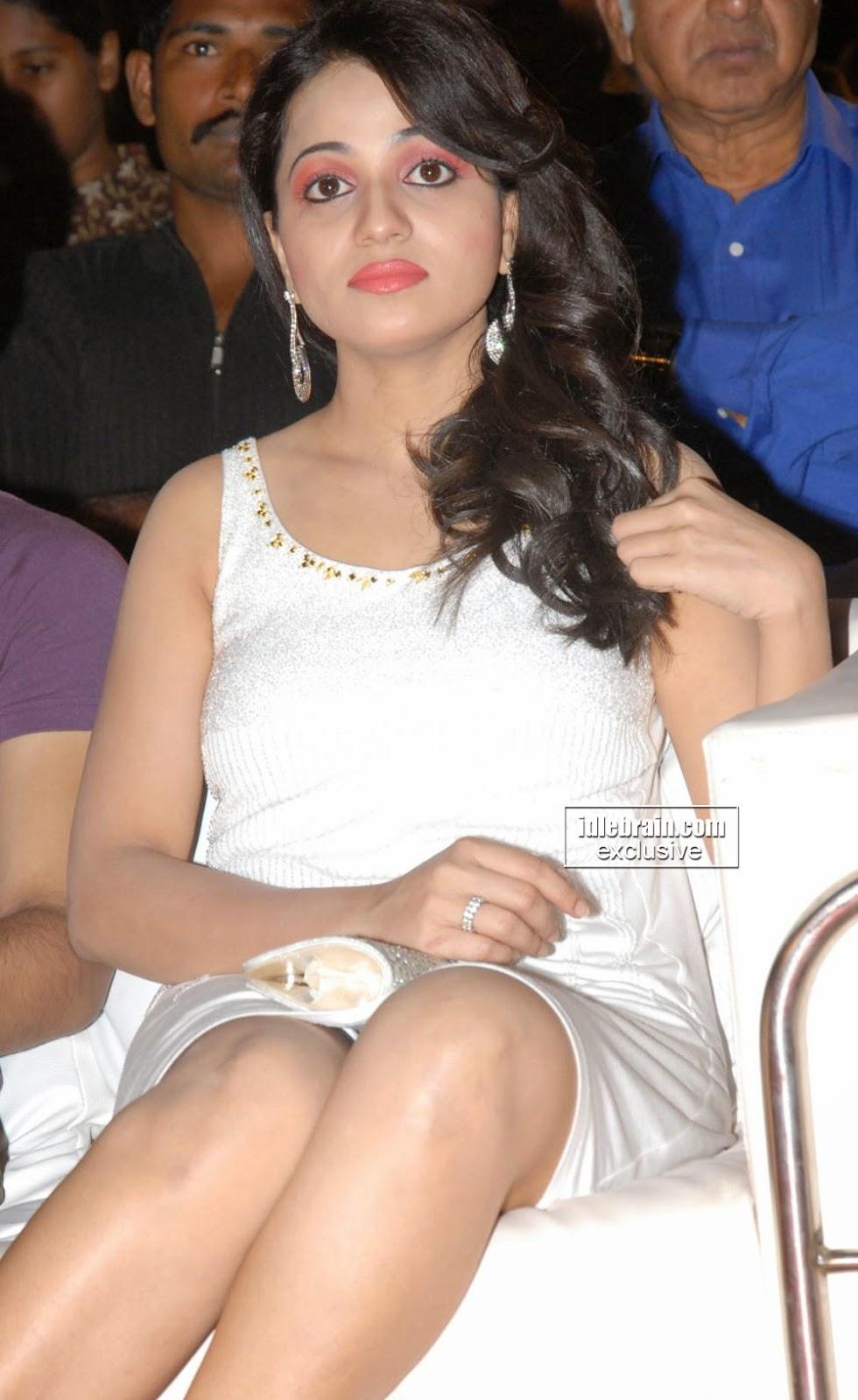 Reshma white