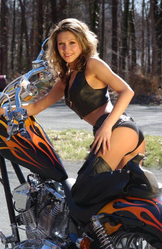 Harley babes Nude Photos 14