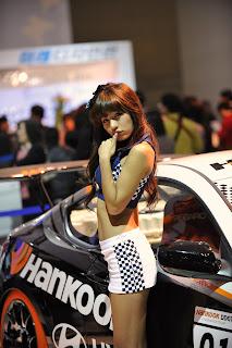 Park Si yeon Korean Actress In 2009 Seoul Motor Show 6