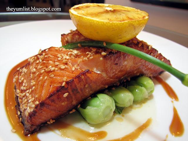 Best Western Premier, Tapas, Mediterranean, Asian, Spanish, best restaurant, poolside, Hugos on 6