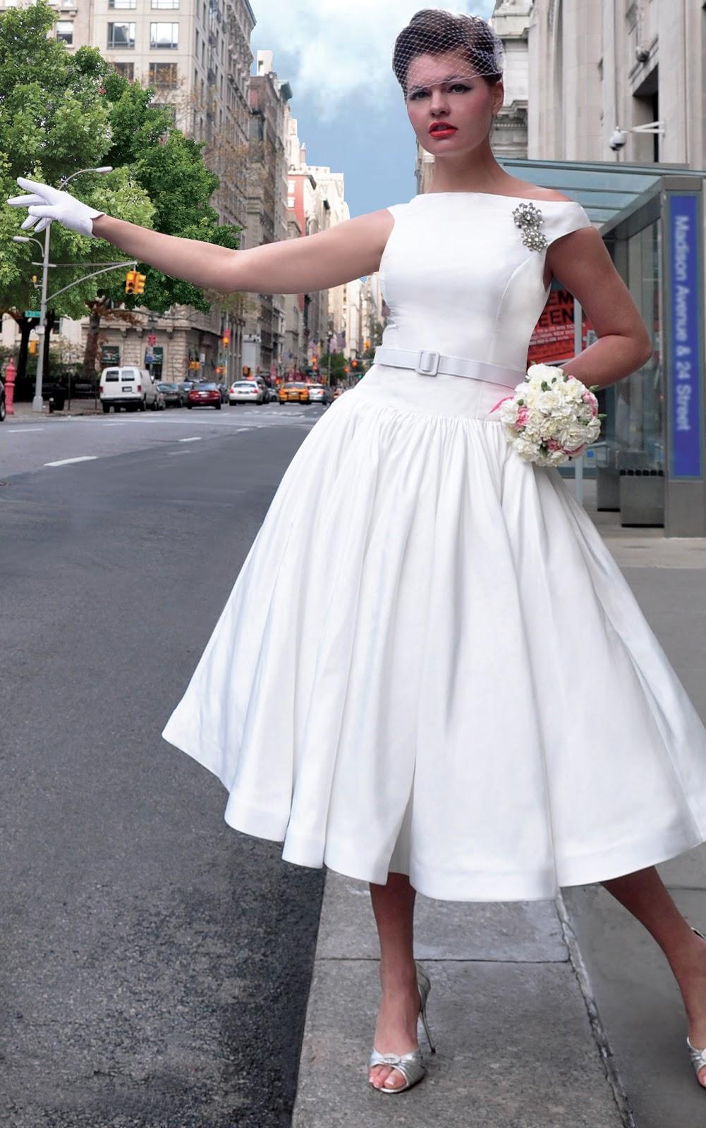 Robes de mariage robes de soir e et d coration la robe de for Robes de mariage vintage