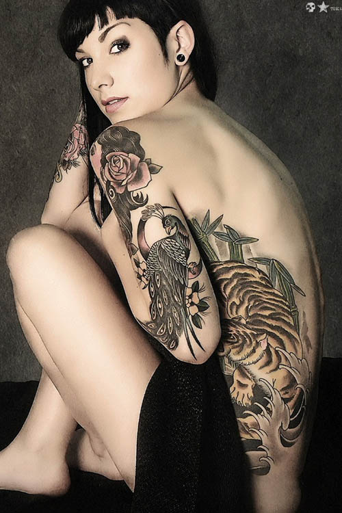 Mulheres Gostam De Tatuar As Partes Ntimas