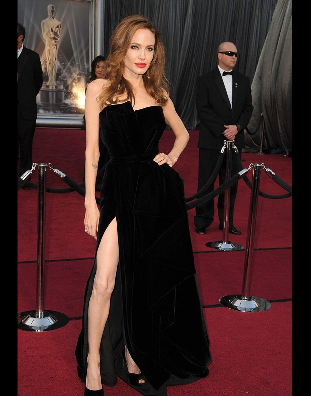 angelina jolie at oscar