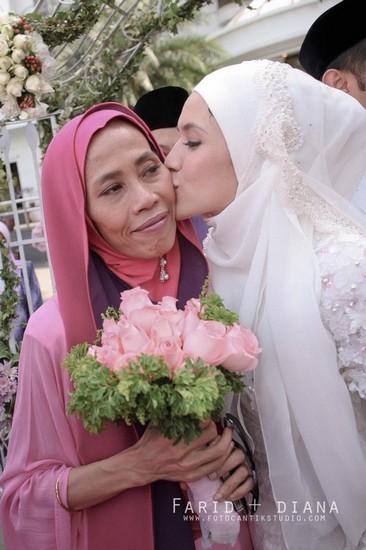 Ibu Mertua Farid Kamil komen Mengenai Hubungan Dingin Mereka