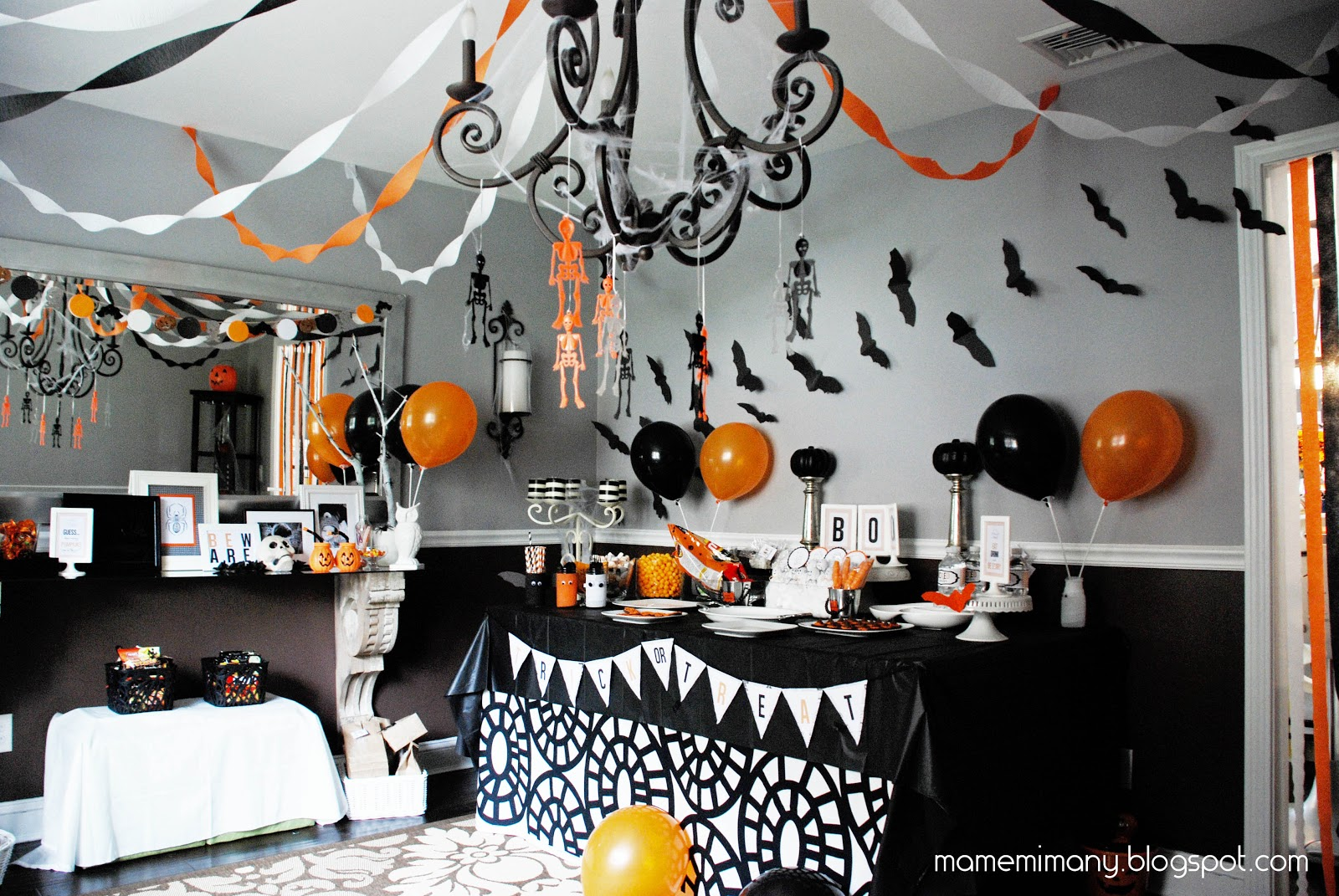 Halloween party decor -  Real Party A Halloween Party