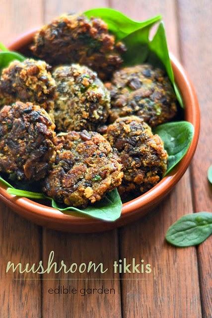 mushroom tikki recipe - veg mushroom tikkis or cutlets