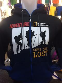 gambar desain terbaru jaket hoodie gambar photo foto kamera Jaket hoodie National Geographic warna hitam biru Adventure Lets Get Lost  di enkosa sport toko online terpercaya lokasi di jakarta pasar tanaha bang
