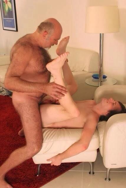 Dad teaches son to fuck
