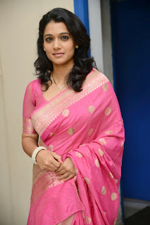 Urmila gorgeous looking Pictures in pink saree 011