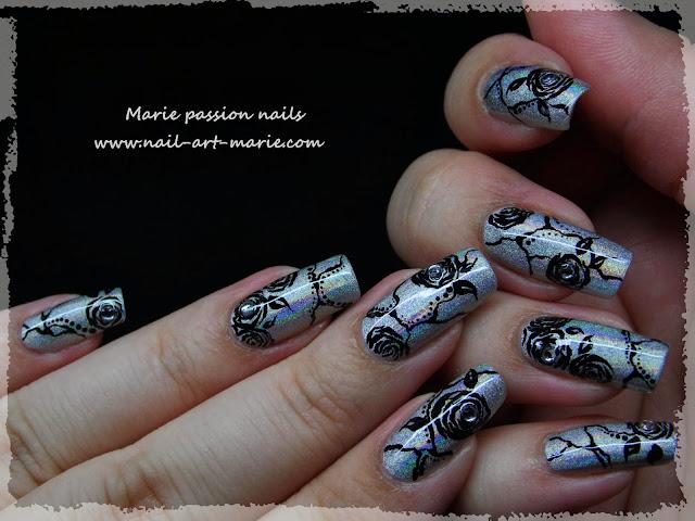 Nail Art Roses noires4