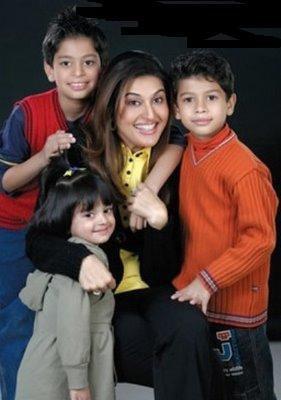 shaista wahidi family pics