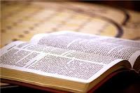 Mucho Pueblo de Dios vive hoy día distraído en las vanidades y engaños del mundo, y Satanás logra así neutralizados. Pero que El Señor reprenda al diablo, y no te dejes engañar.
