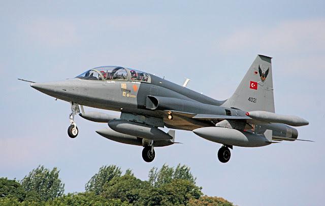 Turkish F-5 Tiger takeoff