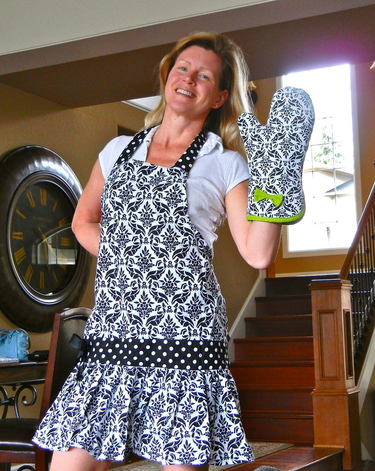 Bernadet's Craft Blog: Apron Fun