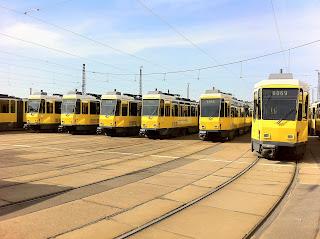 Straßenbahn: BVG will alte Straßenbahnen länger einsetzen 20 Tatra-Fahrzeuge sollen Reserve bis 2018 bilden, aus Berliner Morgenpost