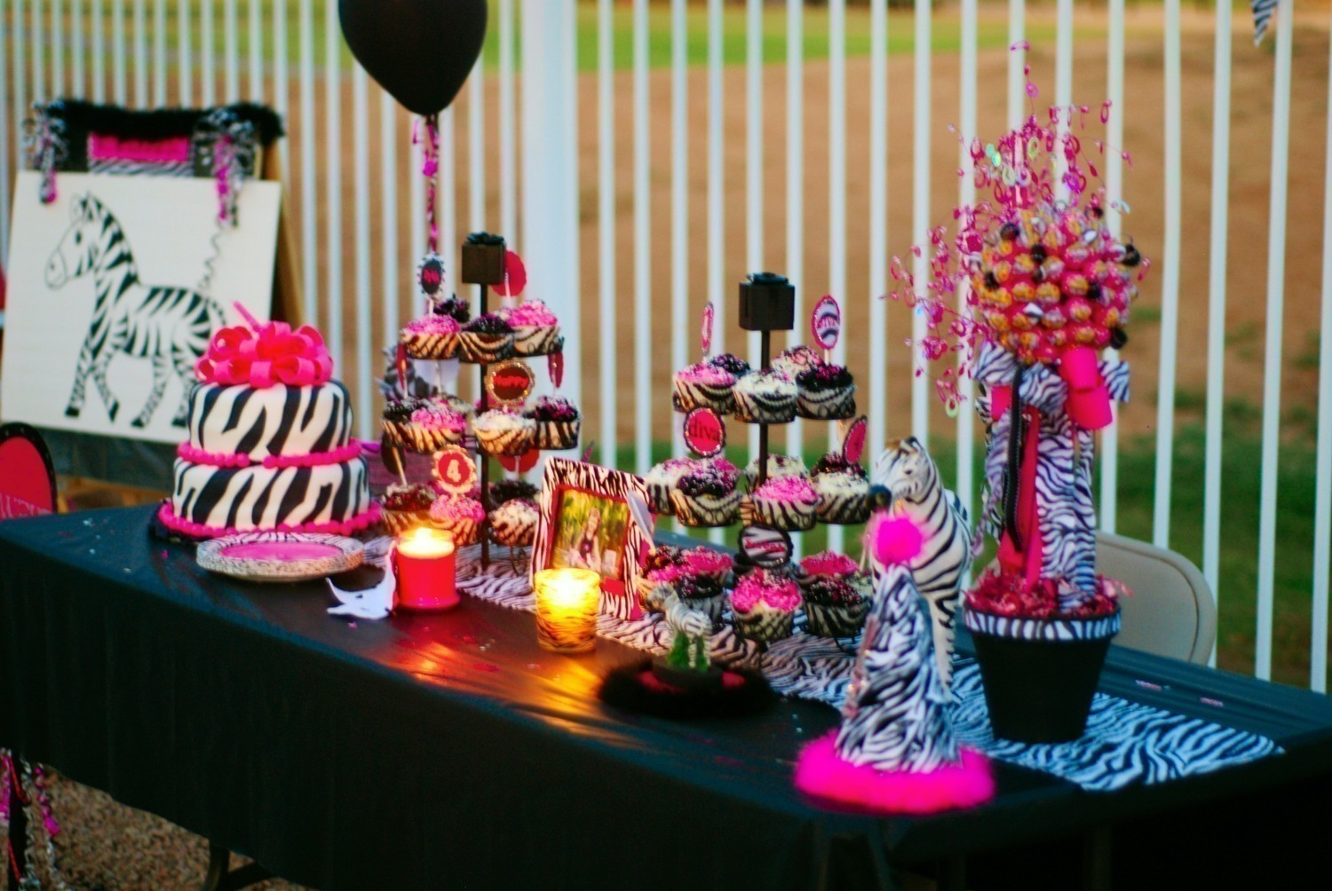 Party decorations party favors ideas for Decoration or