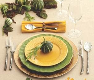 Simply Designing with Ashley: Holiday Table Setting Ideas