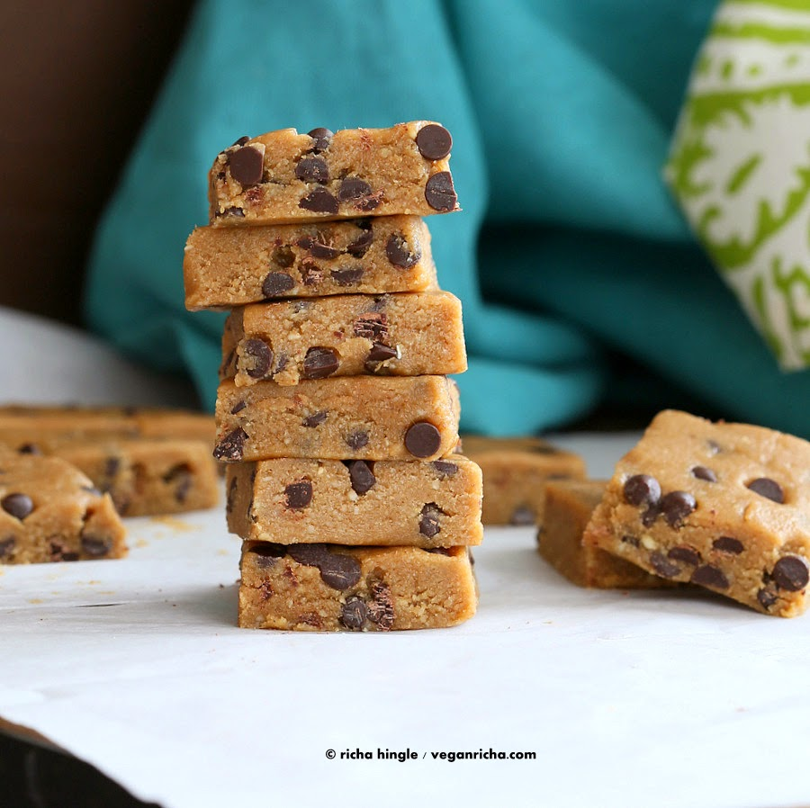 Vegan Chocolate Chip Cookie Dough Bars. No Bake Glutenfree - Vegan ...