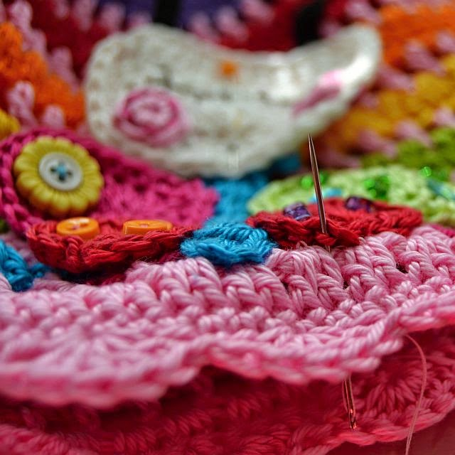 How to sew crocheted applique almost invisibly