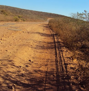 Gentio do Ouro: Vice-governador da Bahia promete recuperação da estrada que liga Gentio do Ouro a Xiquexique: