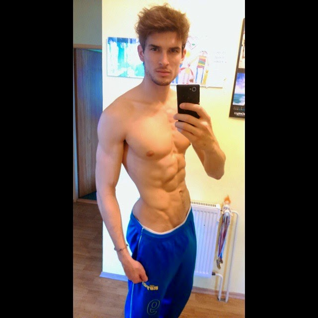 Marek+Novak+bulge