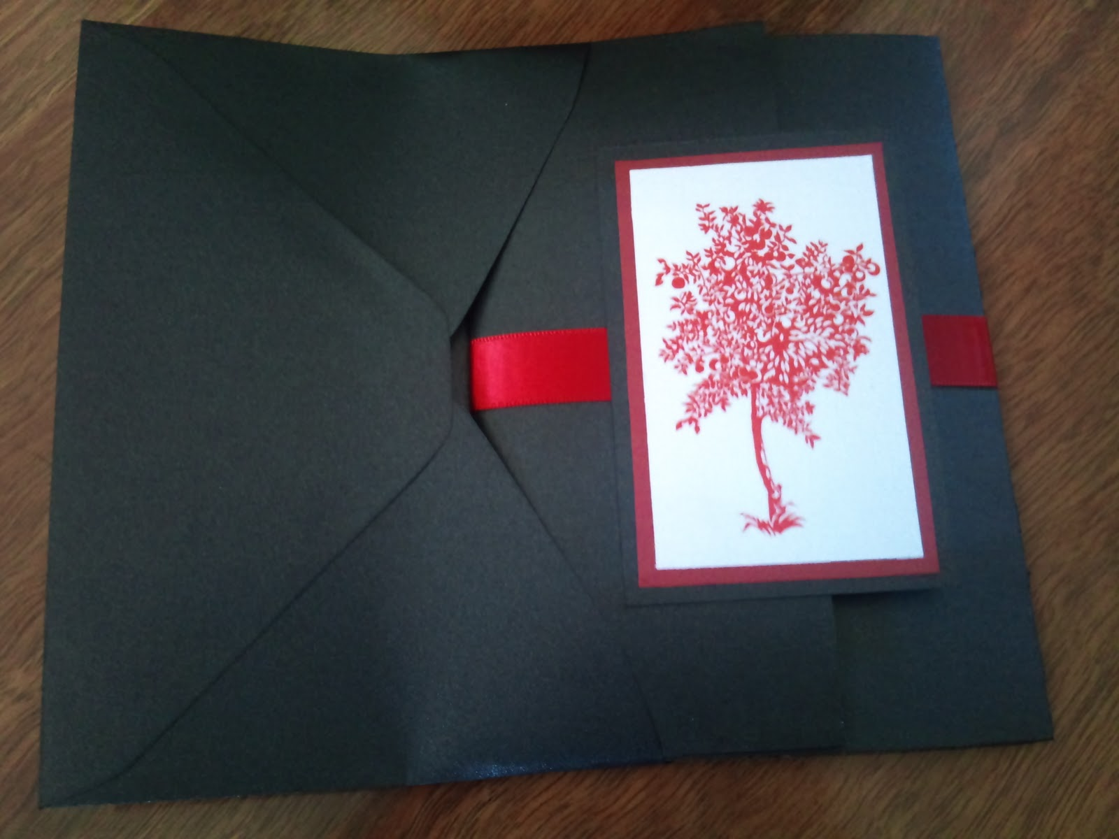 Tiny little bubbles diy pocketfold invite update envelopes squeezing solutioingenieria Choice Image