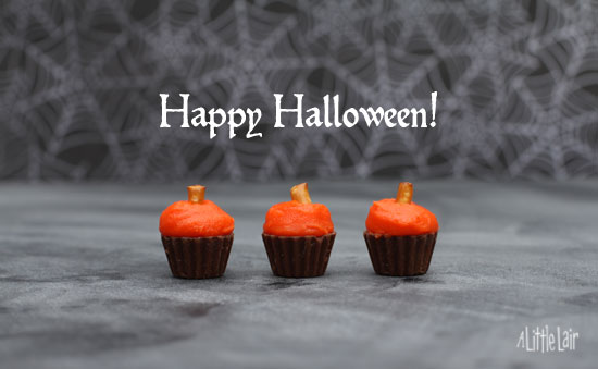 Little Pumpkin Cupcakes for Halloween. | A Little Lair.