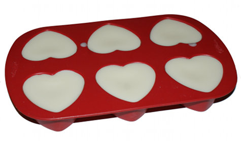 DIY Heart Shaped Solid Lotion Bars DIY - Lotion Bars in the Mold