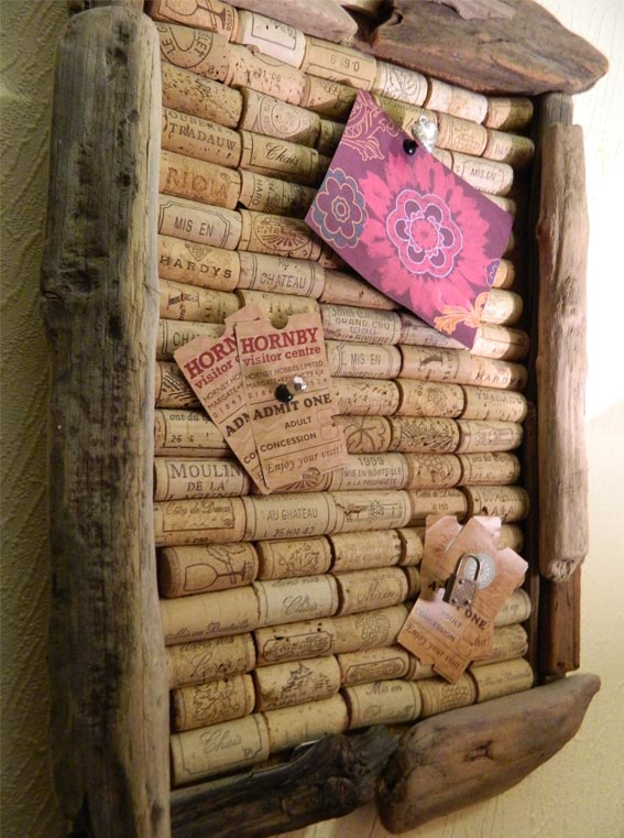 Enthused monkey crafty diy wine cork pinboard for Cool things to do with wine corks