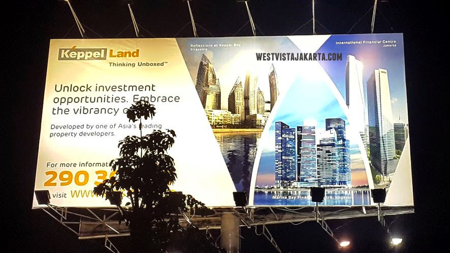 Billboard West Vista Apartment Keppel Land