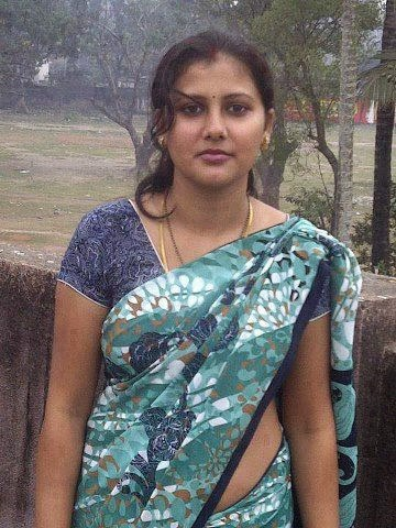 Kerala beautiful hot Aunty pics - Kerala Hot Sexy Girls Pictures ...