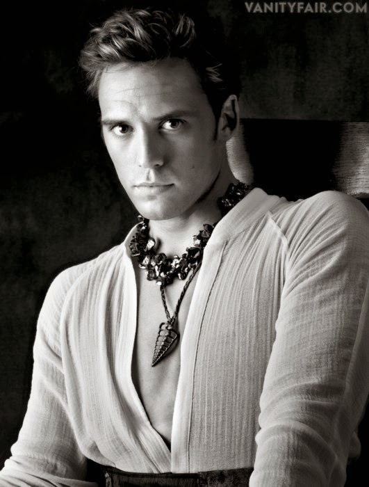 Finnick Odair Sam Claflin On Set