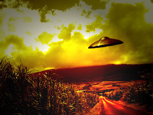UFO Lands in Zimbabwe, Terrifies Entire School