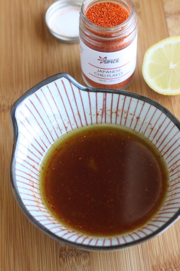 Homemade ponzu sauce dressing recipe with Japanese Chili Flakes by SeasonWithSpice.com