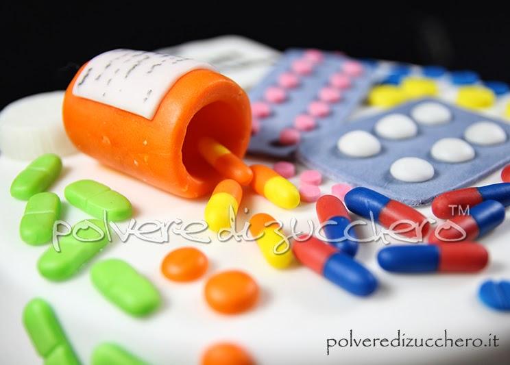 torta medicinali farmacia polvere di zucchero