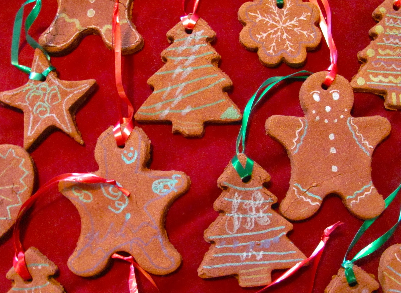 The Chocolate Muffin Tree Lovely Scented Cinnamon Ornaments