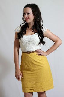 Julia Bobbin, Tessuti lace, mustard skirt